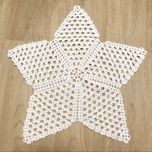 Star crochet table placemat